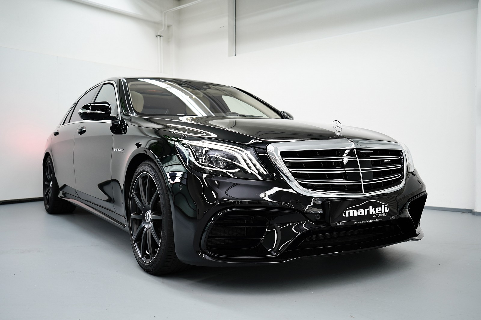 Mercedes-amg S 63 4matic+ Lang  AMG EXKLUSIV-PAKET&drivers package + burmester high-end 3d