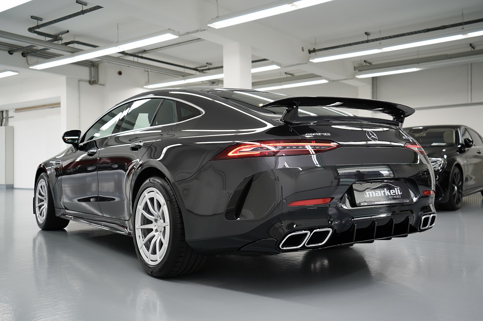 mercedes-amg gt 63 4matic+ !Modell 2021! !!! M.2021- km 4.400 !!! AMG AERODYNAMIK & CARBON PAKET !!!